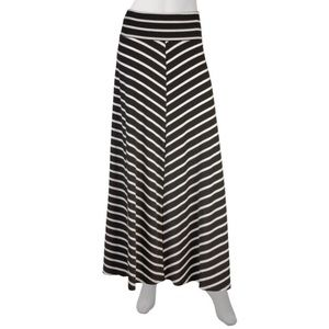 🎱AB Studio Black/White Maxi Skirt